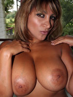 Big breasted MILF Maria