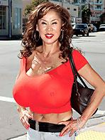 Minka has gigantic melons