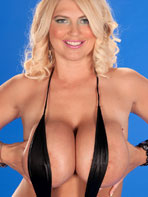 Pics of busty blonde Scoreland model Kelly Cristiansen