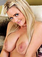 Blonde model Natalie D.