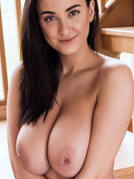 Free pics of Joey Fisher getting naked