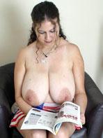 Heavy amateur boobs