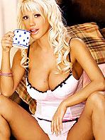 Blonde Shira Jones
