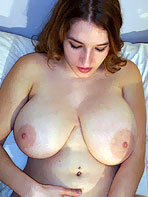Busty amateur babe Katalina in bed