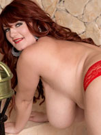 Hairy Vanessa posing nude for Scoreland