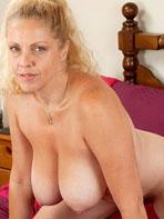 Curvy mature blonde Teya