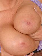DDF Busty Sheila Grant