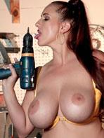 Demmi Valentine likes big tools