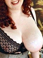 Emily Cartwright jiggling her boob