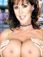 Mature brunette babe Fantasia