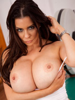 Linsey Dawn McKenzie posing for Pinup Files