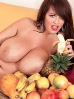 Fruits and tits