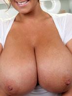 Sarah Randall shows us her luscious tits