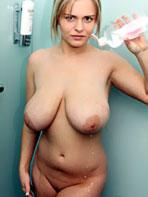 Victoria Summers wet bikini