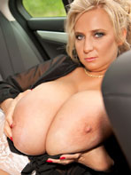 Abbi Secraa in the car