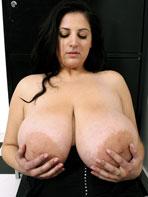 Eden Mor holds her tits