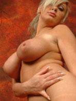 Hot blonde Sonia boxing