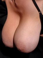 Merilyn Sekova exposing her saggy tits