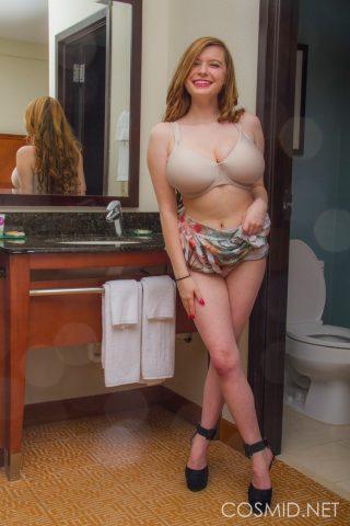 Free Photos Of Busty Blonde Beauty Amanda